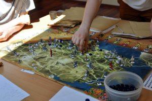Gra strategiczna na obozie RPG Caerbannog
